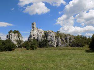 Sirotčí hrad castle